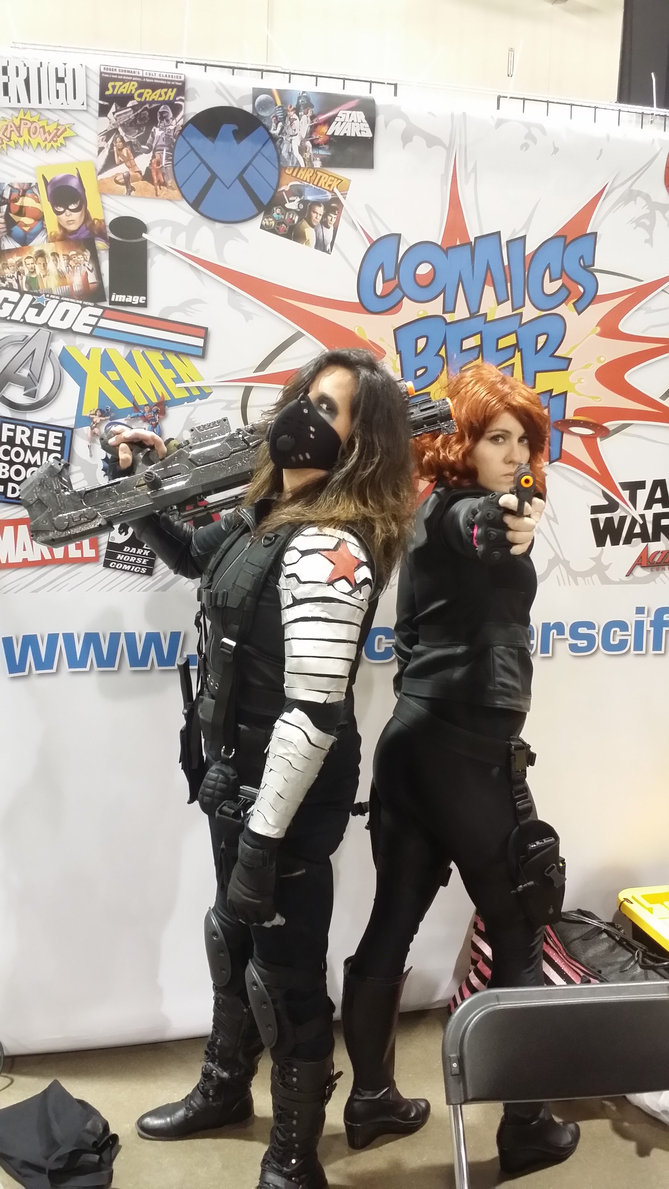 Winter soldier and black widow at motor city comic con for Motor city comic con