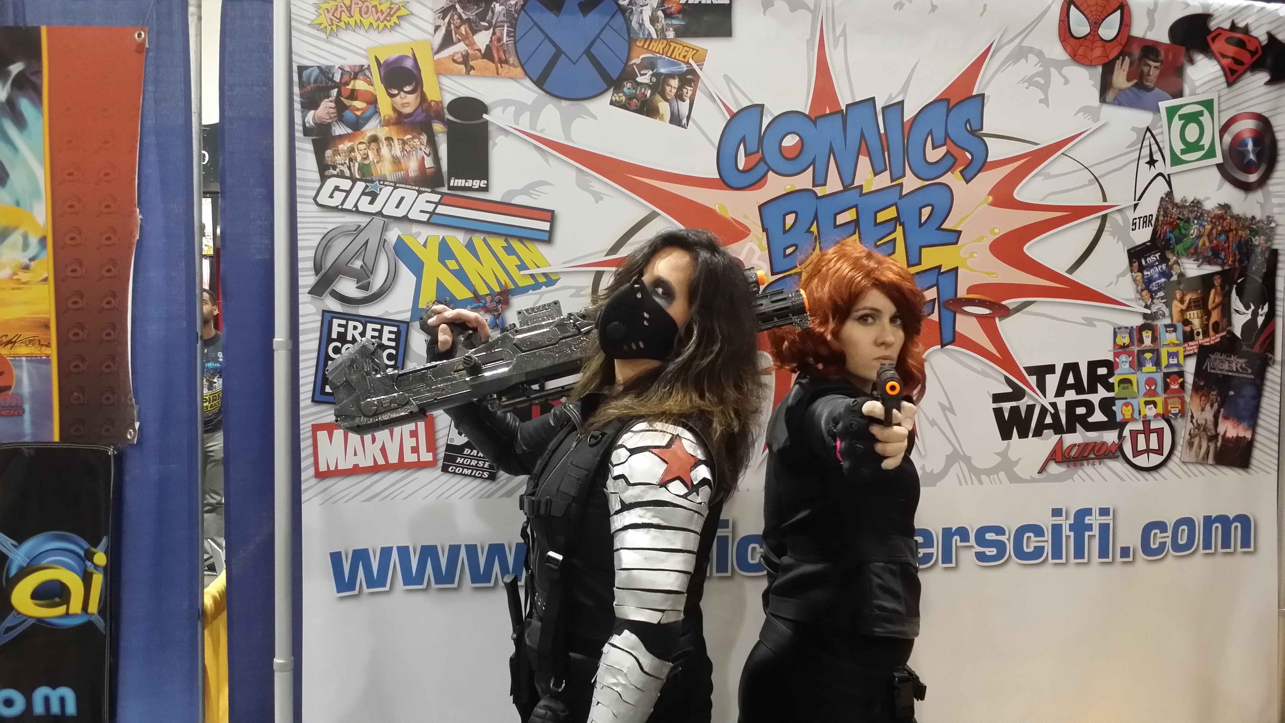 Winter Soldier And Black Widow At The Cbsf Cosplay Contest At Motor City Comic Con Comics Beer Sci Fi